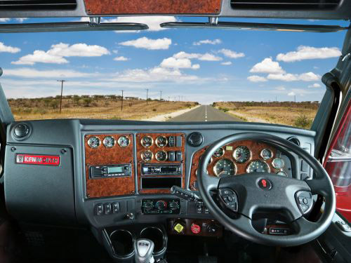 THE DRIVER IS KEY TO THE INTERIOR DESIGN OF THE T659.