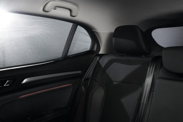 Sunblinds - lateral and rear windows^