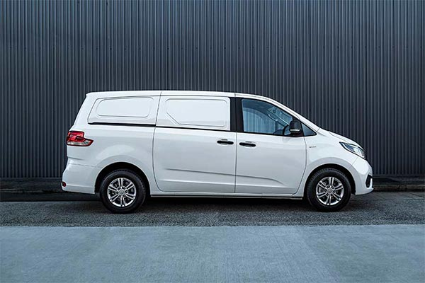 G10 Van